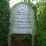 Dr Barnardo Memorial, photo by Boreenatra